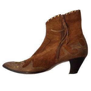 Antonio Melani- Western Ankle Boots